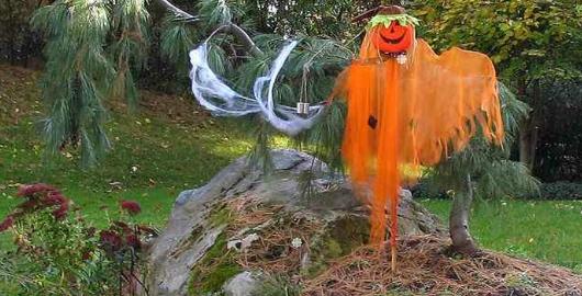 Crystal Hunter Halloween Town